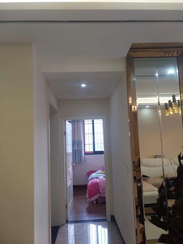 晨辉雅居3室 2厅 2卫73.8万元