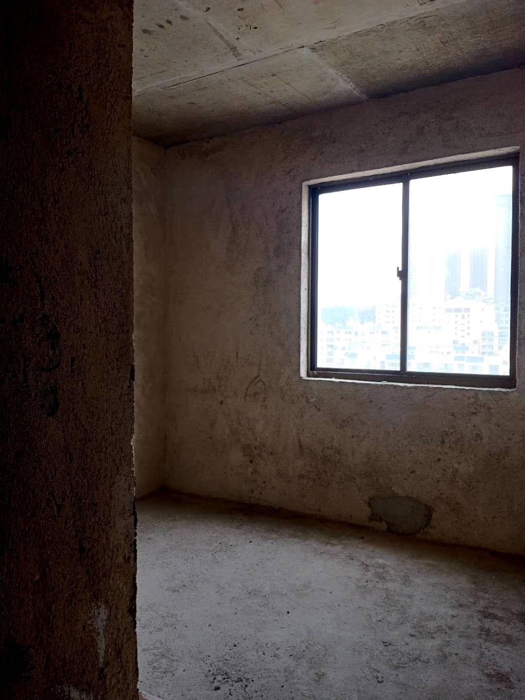 東湖大廈光景房4600一平