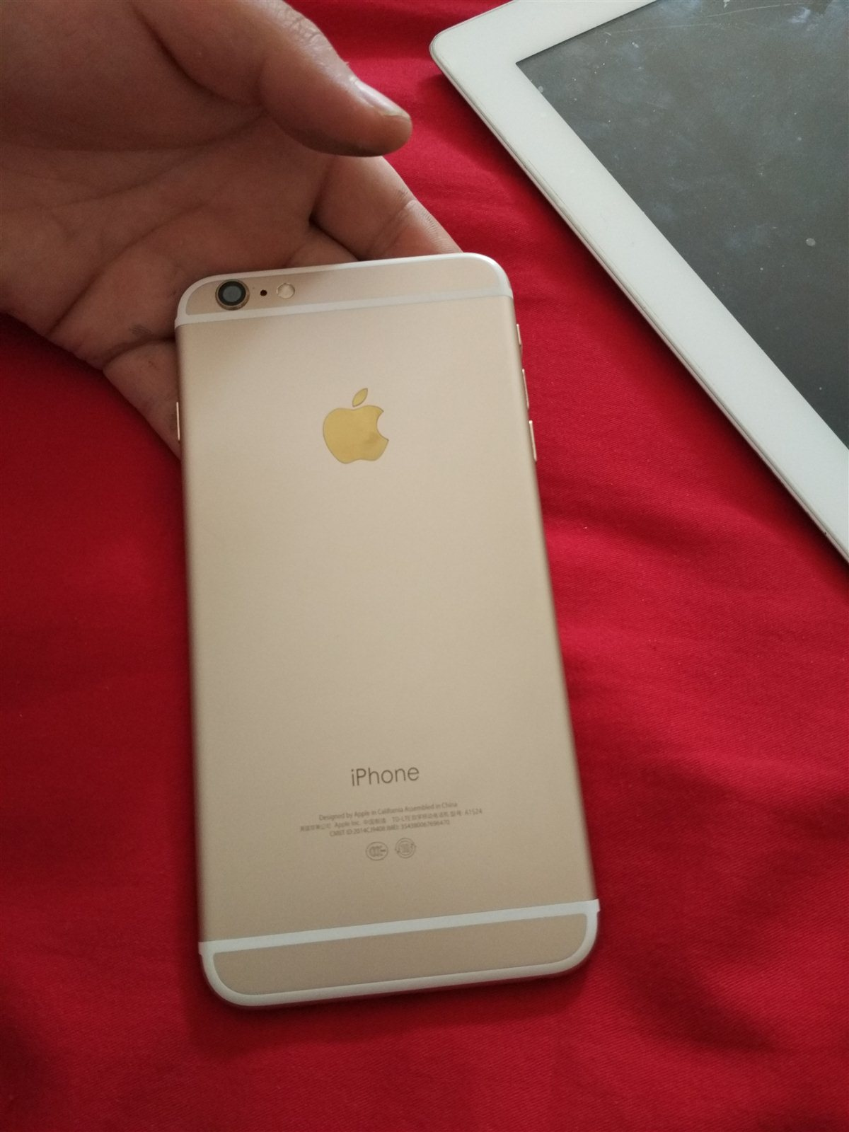 苹果6p16g国行金色