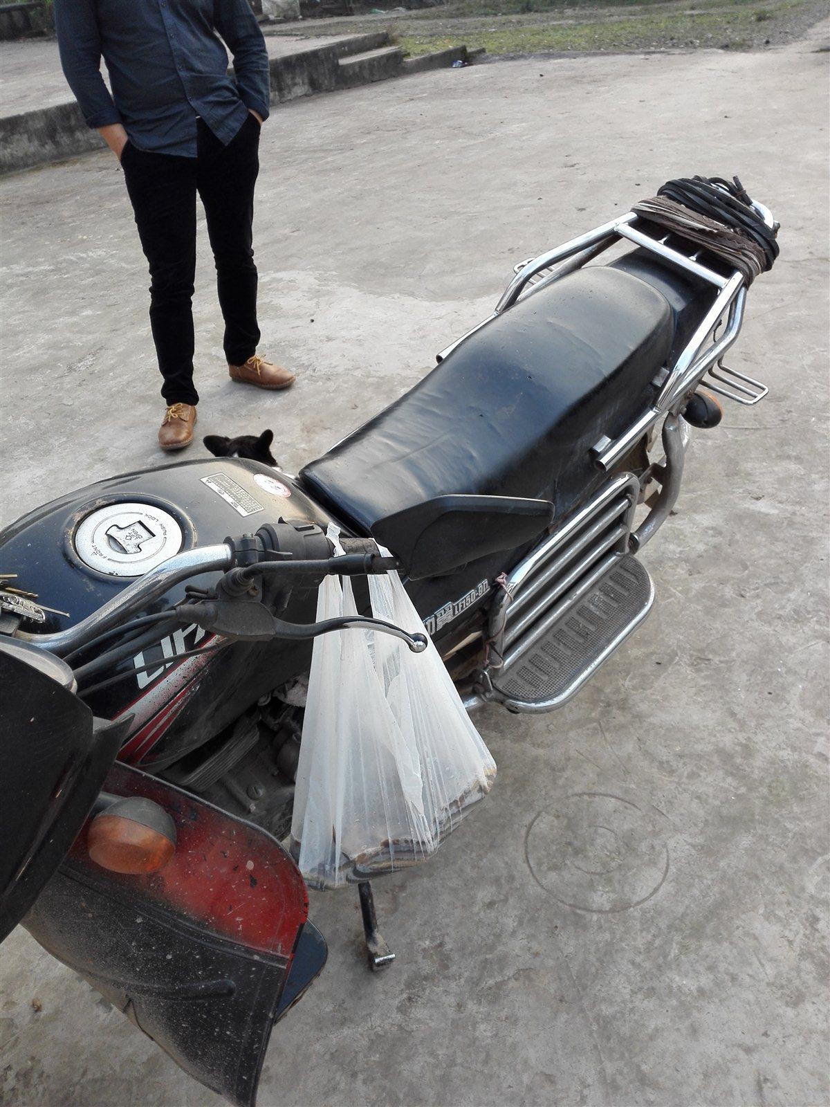 男士摩托车