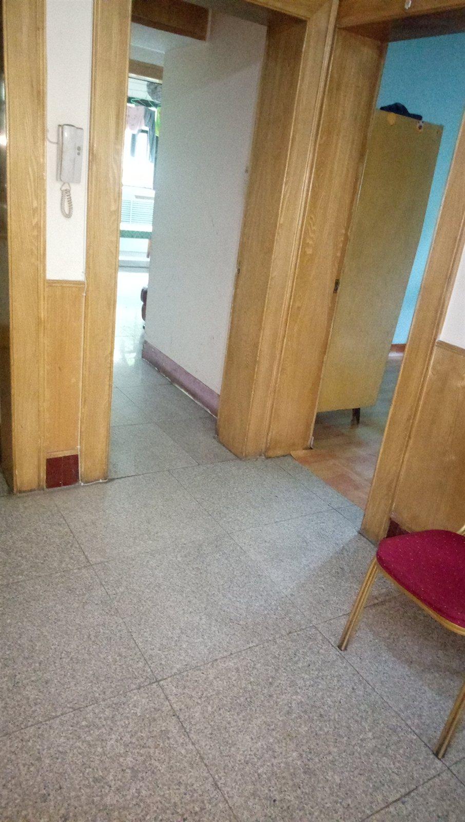 南苑3室2厅1卫400元/月
