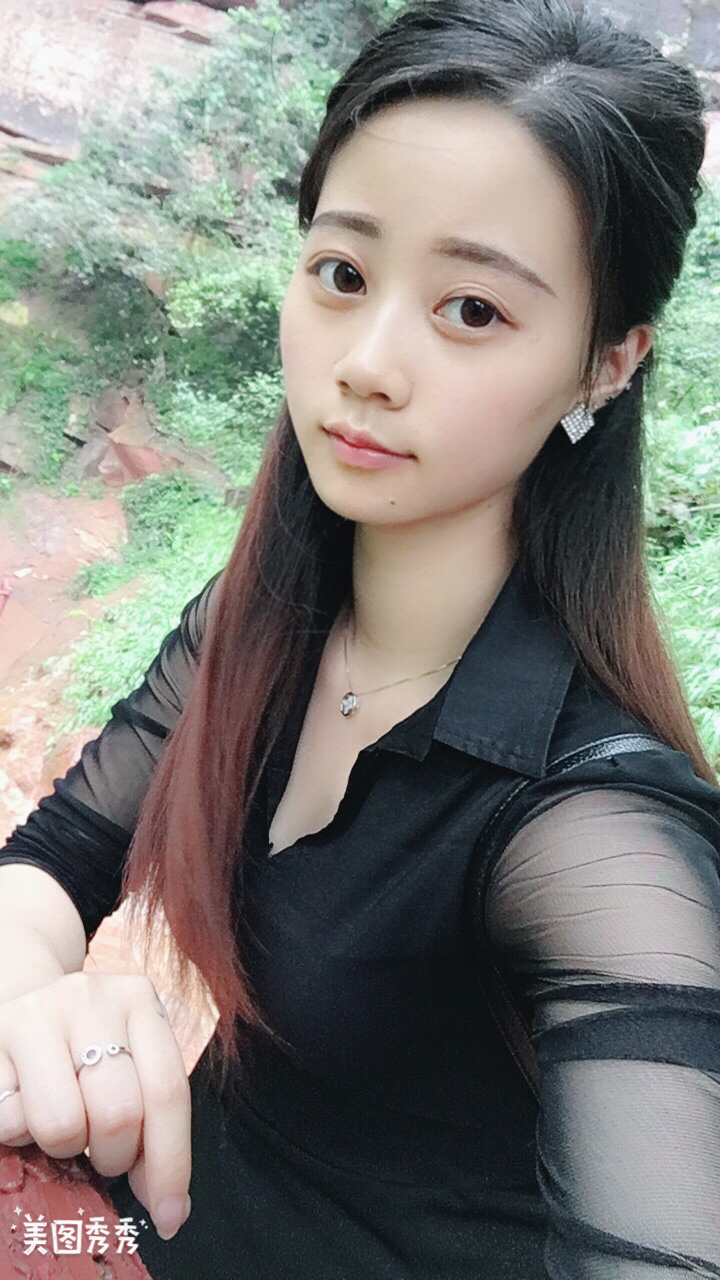 【美女秀场】李霞