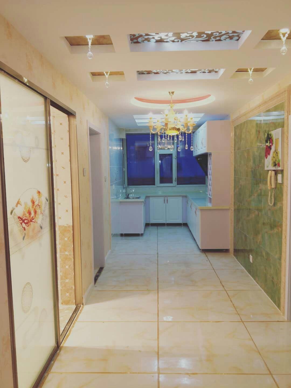 阳光家园B区2室2厅1卫29万元