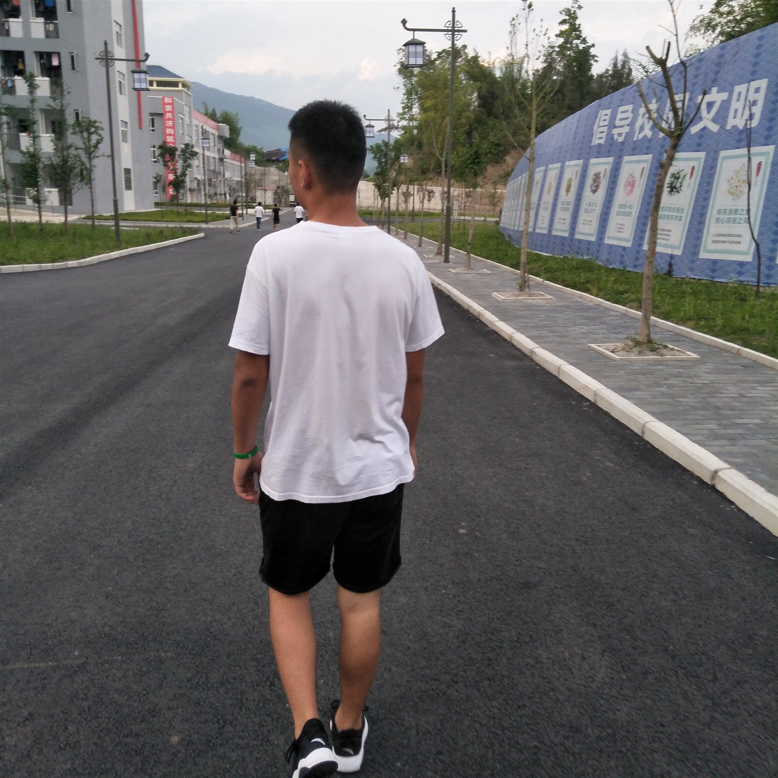 724955赵腾飞