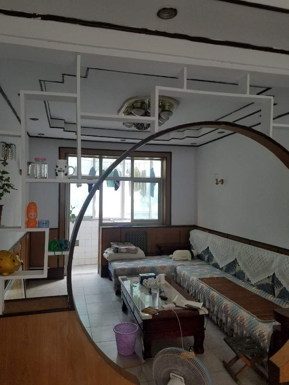 龙华苑(龙华苑)3室2厅1卫102万元