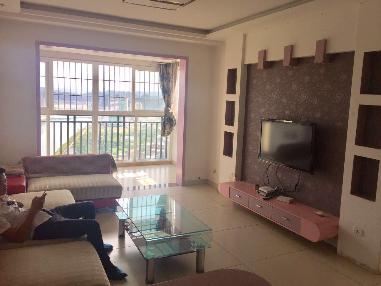 雍景湾小区2室2厅1卫45.5万元