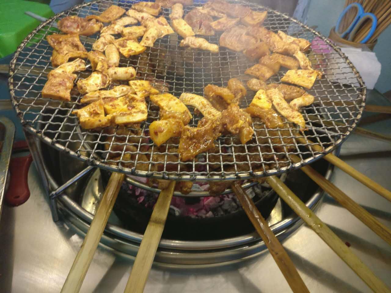 蒙哥大竹签烤肉!昨天试吃了。今天还想吃!