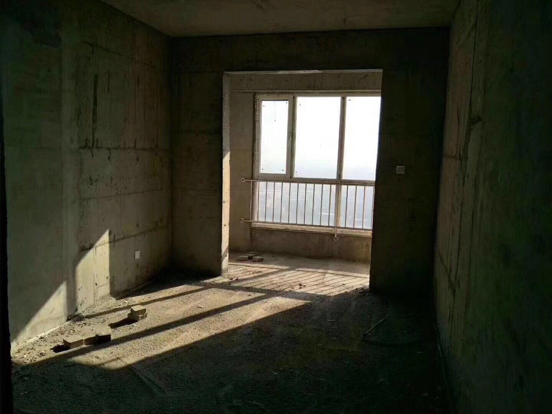 东关新村2室2厅1卫54万元 可用公积金贷款