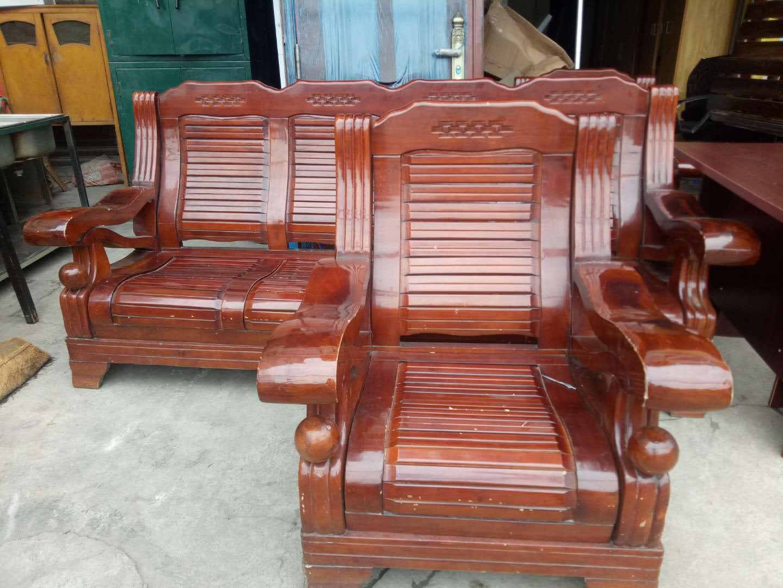 大木头椅子一套图片