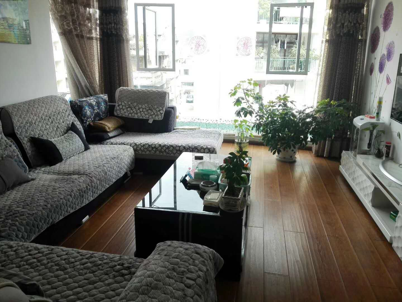 新兴社区4室2厅2卫50万元