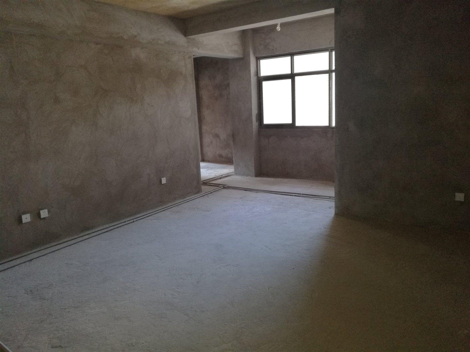 建水人和苑3室 2厅 2卫41万元 2018-872