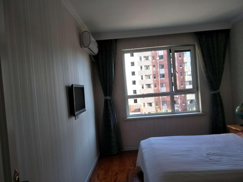 宏运华城3室 2厅 2卫125万元