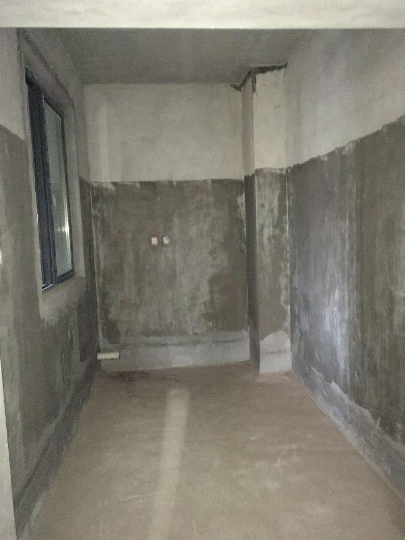 城市首座3室 2厅 2卫58万元