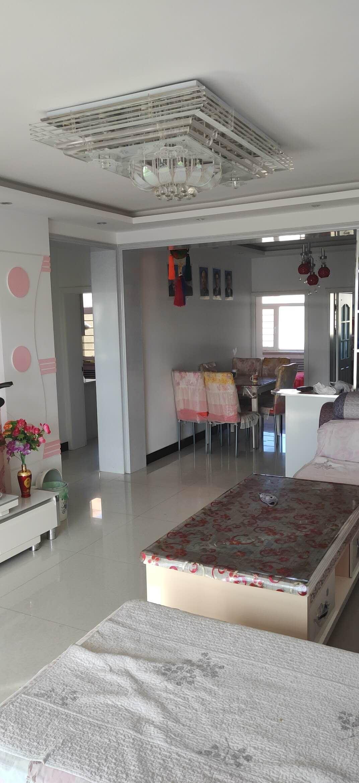 紫瑞小区(也就是尕海小区)3室 2厅 1卫25万元