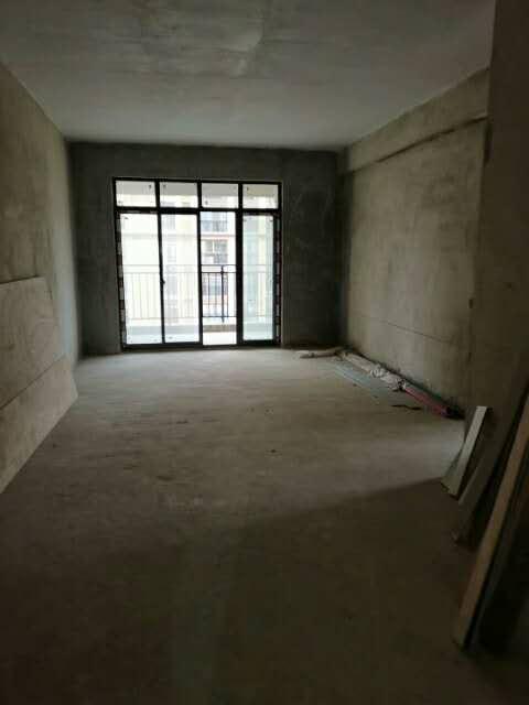 嘉禾中央城3室 2厅 2卫46万元