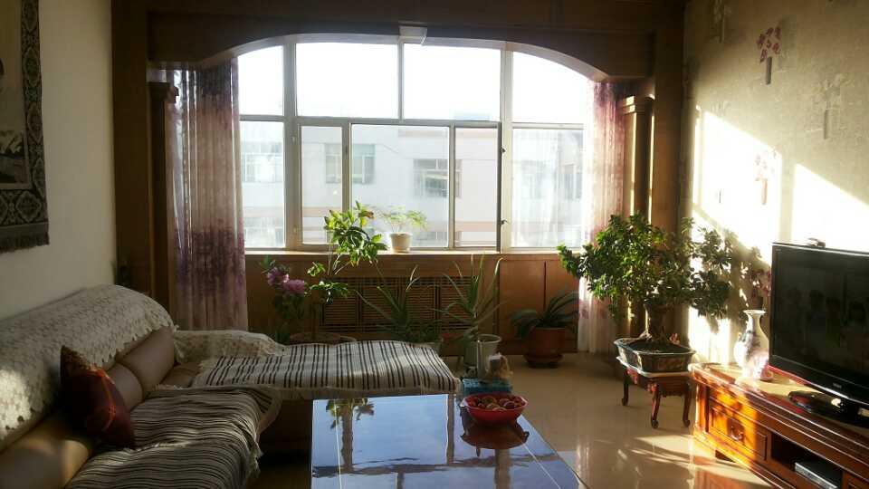 梅桂花苑3室 2廳 1衛42萬元