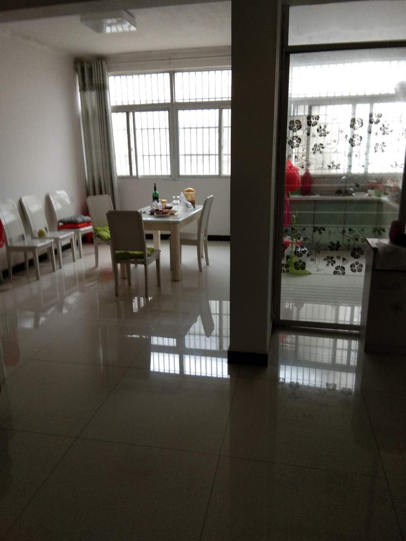固东新村小产房3室 1厅 1卫