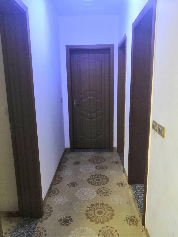 幸福阳光城对面3室 2厅 2卫53.8万元