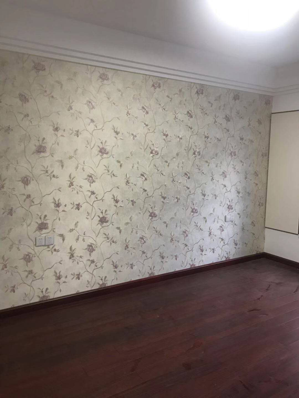 碧桂園7樓 新裝修未住4室 2廳 2衛130萬元