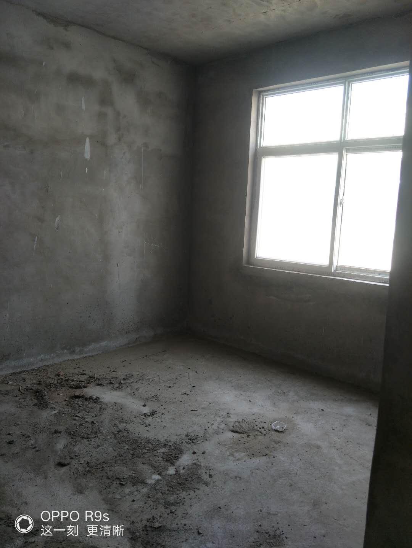 惠安小区3室 1厅 1卫19万元