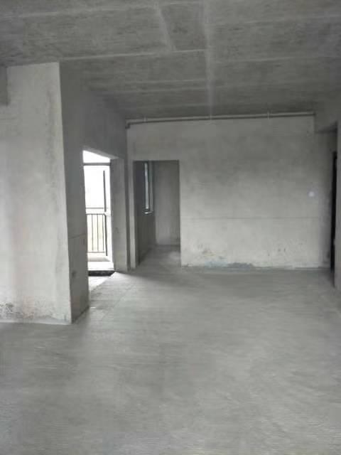 新世纪商贸城3室 2厅 2卫36.8万买一层送一层