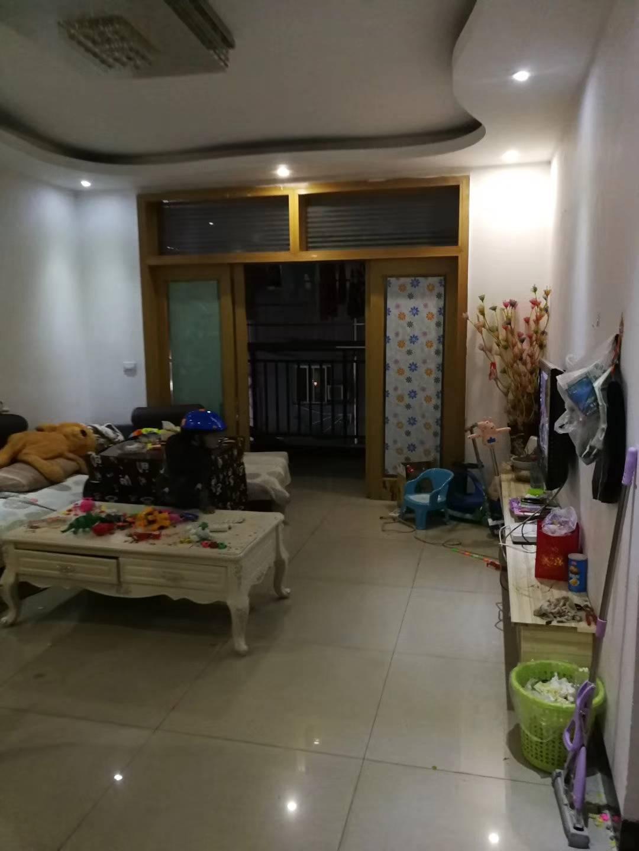新世纪商贸城3室 2厅 1卫37.8万元