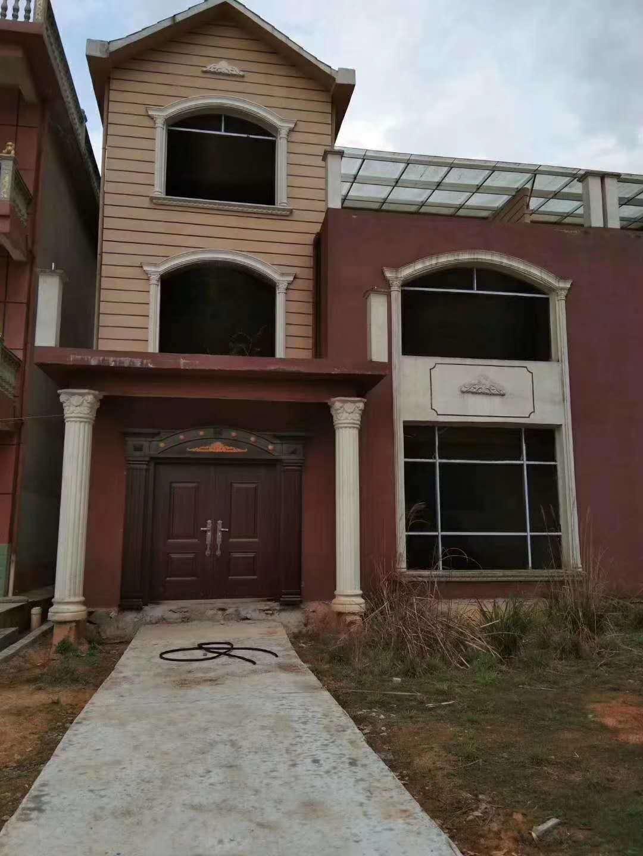 山林美墅附近9室 3厅 3卫65万元