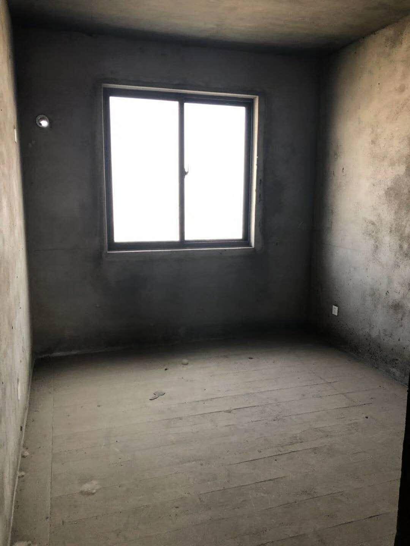 紫薇苑3室 1厅 1卫46万元