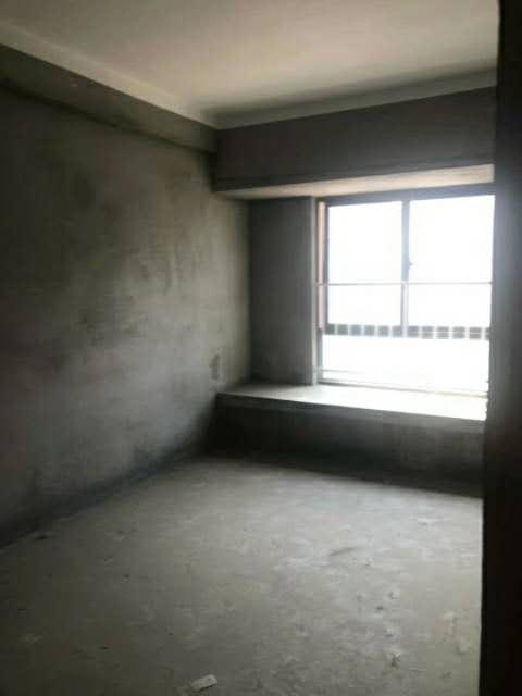中泉首府3室 2厅 1卫73万元