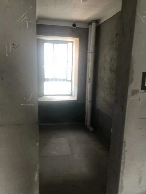 紫薇苑3室 1厅 1卫45万元