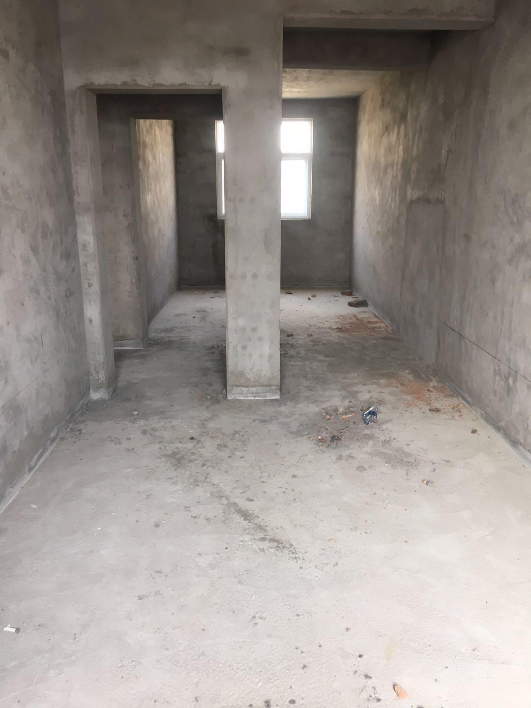 惠安小区西院3室 2厅 1卫20万元
