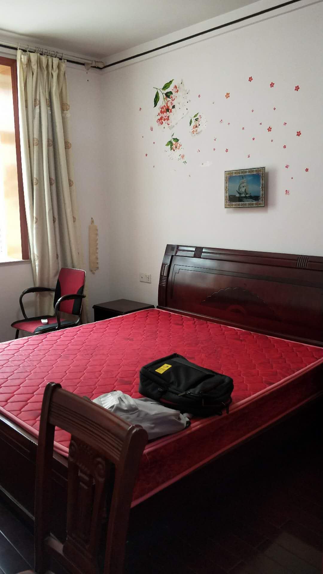 海正明珠3室 2厅 2卫78万元