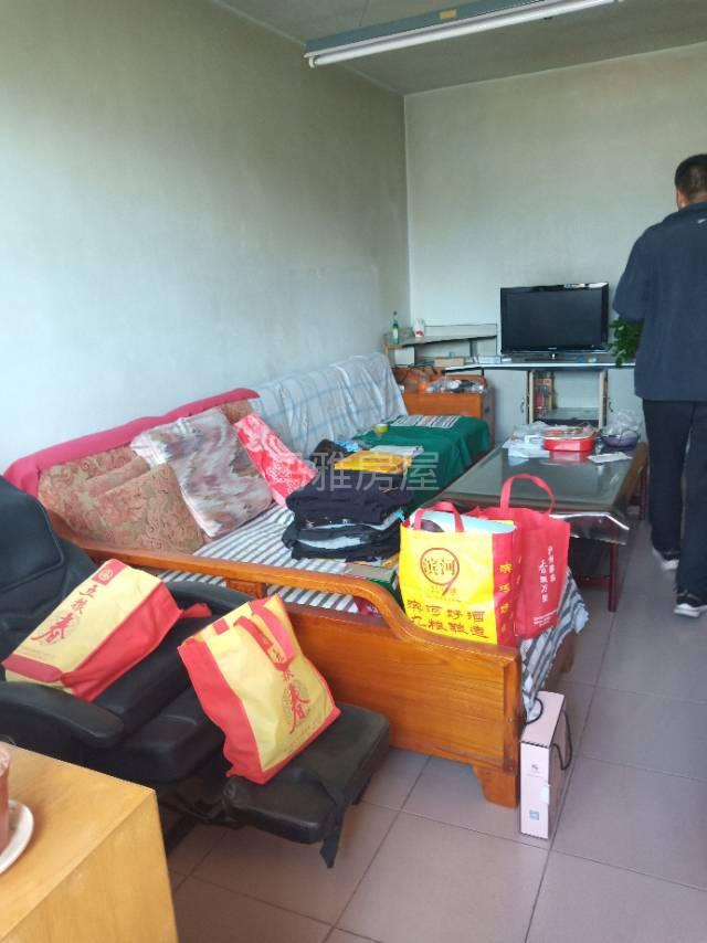 粮食局家属楼3室 2厅 1卫30万元