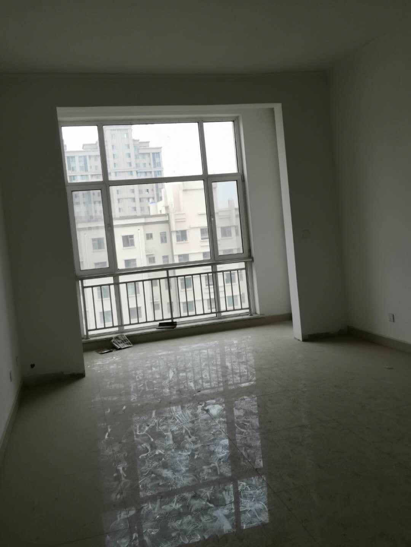 秀水花苑4室 3厅 1卫180万元