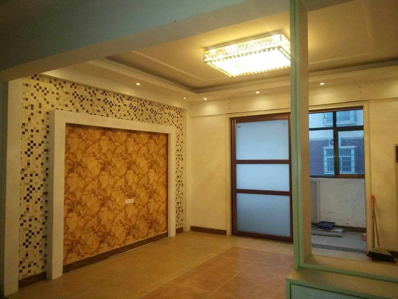 瑞通嘉园4室 2厅 2卫58万元