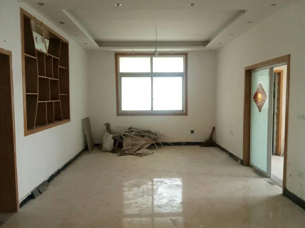 竹园新村3室 2厅 1卫24.5万元