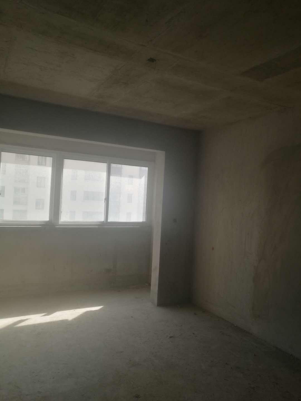中侨·名都3室 2厅 2卫46万元