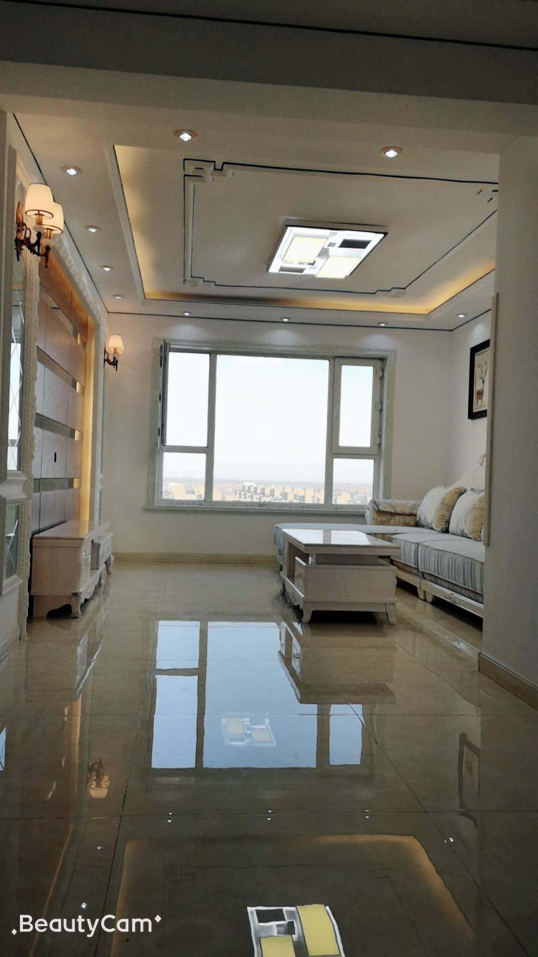 四季华城2室 1厅 1卫50万元