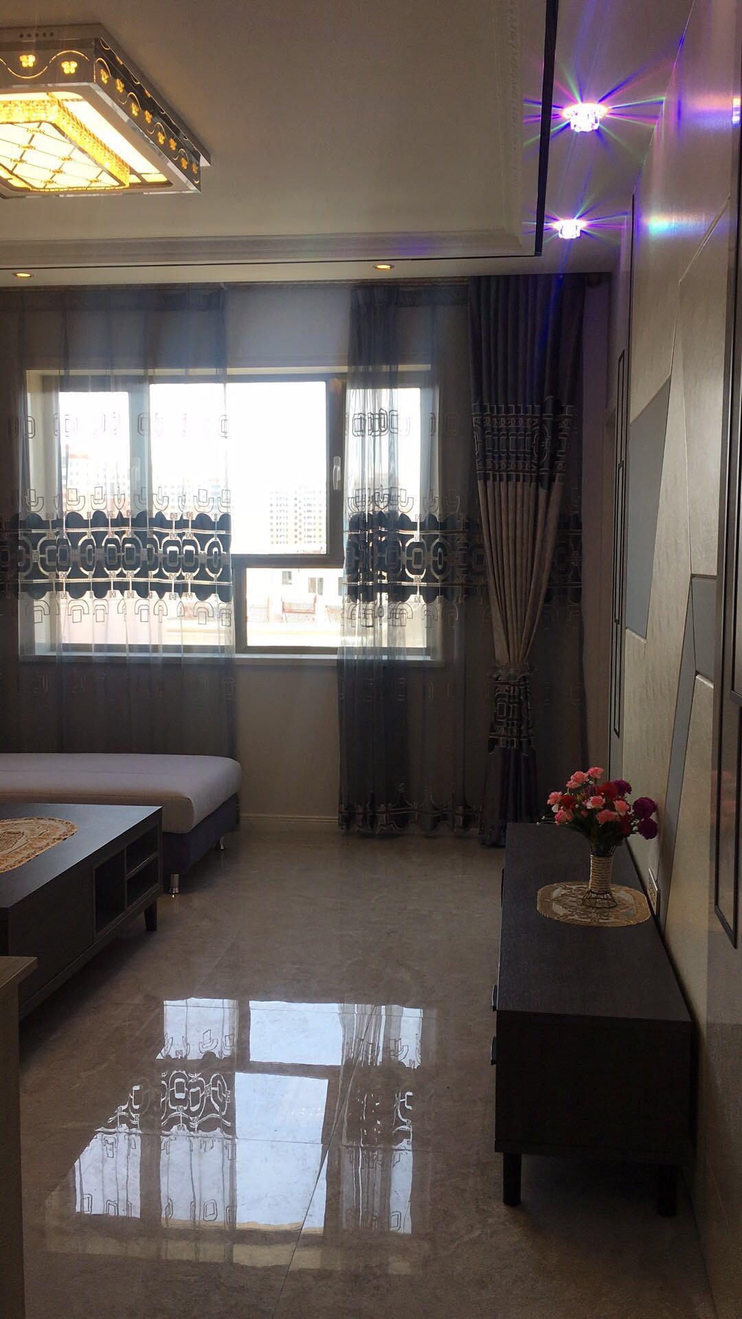 福华家园3室 2厅 1卫