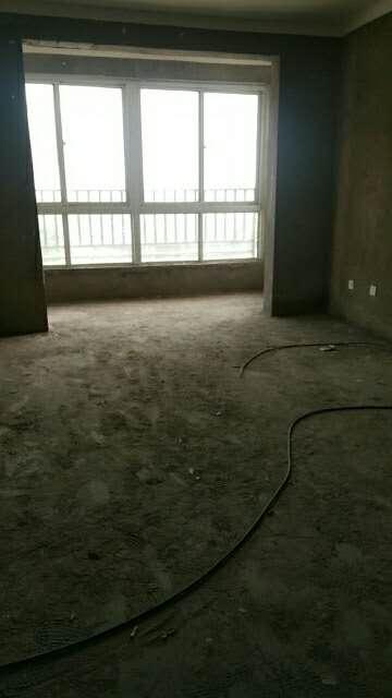 瑞通嘉园3室 2厅 1卫33万元