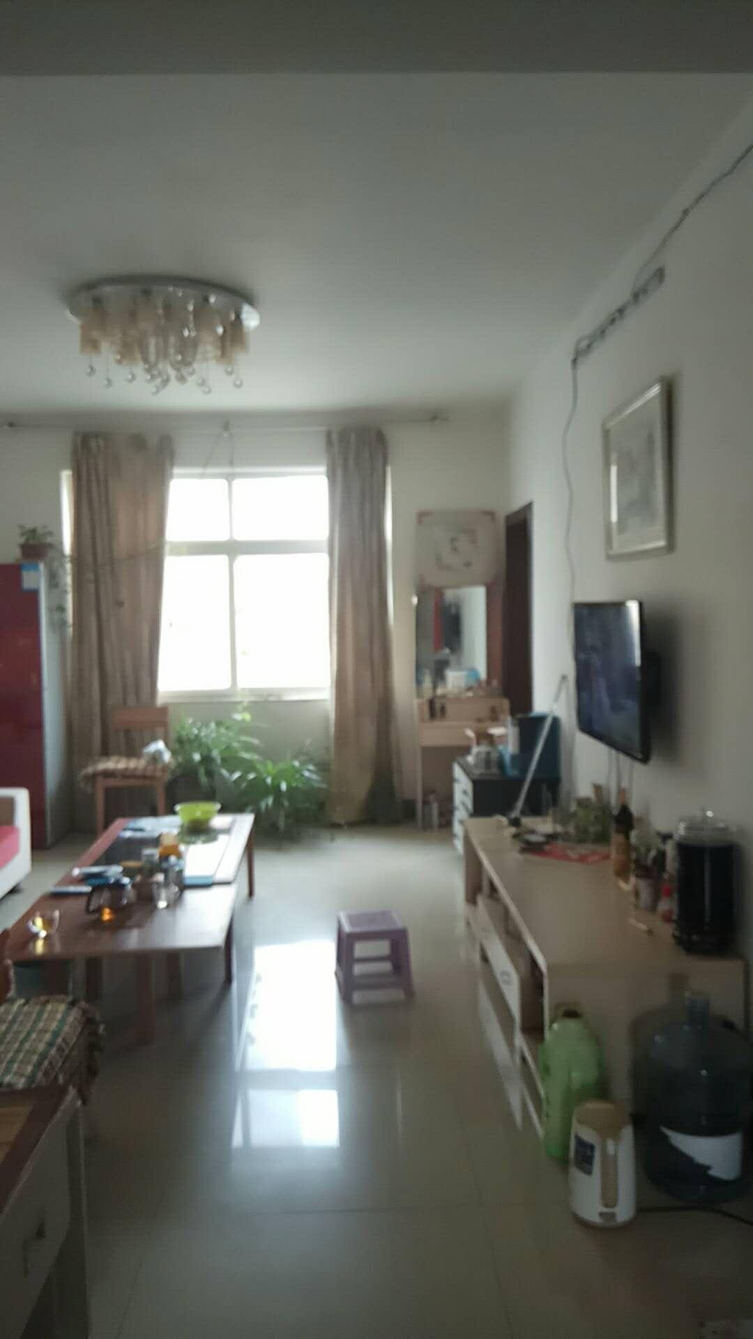 鑫源花园小区3室 2厅 1卫70万元