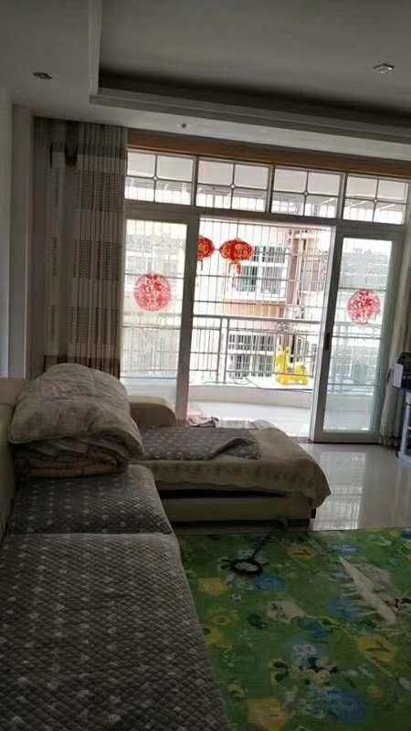 锦绣华城二小,一中附近3室 2厅 1卫70.8万元