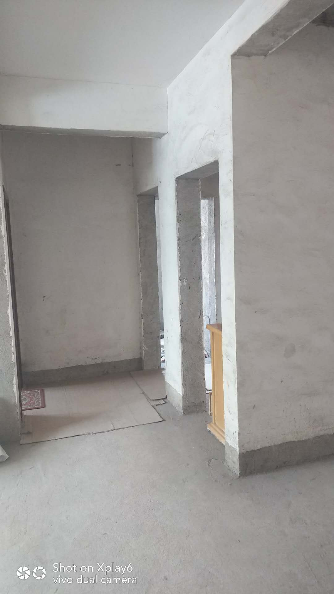 五里墩还建楼4室 2厅 2卫35万元