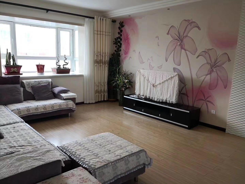 幸福佳苑4室 2廳 2衛75萬元
