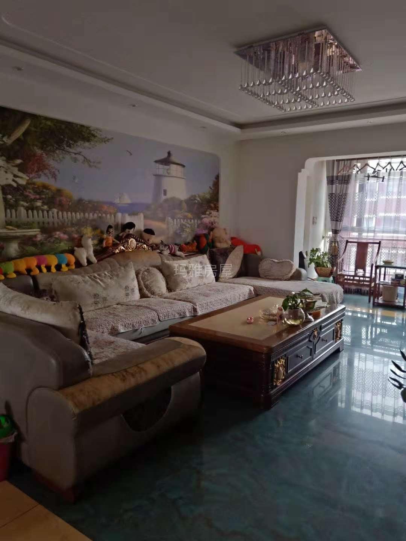 润景园3室 2厅 2卫75万元