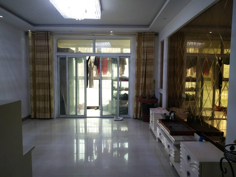 俪景湾3室 2厅 2卫51万元