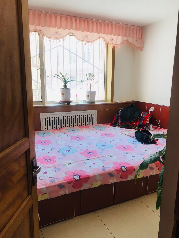 晨兴东区2室2厅32万元(可贷款)