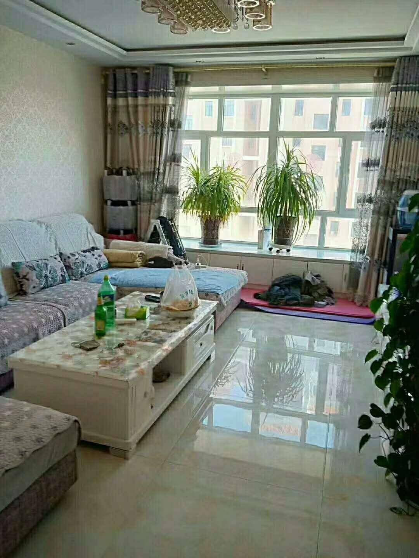 福华馨苑2室 2厅 3卫62.8万元