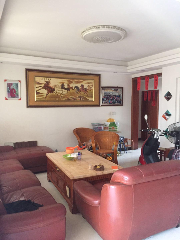 錦繡城3室 2廳 2衛102萬元